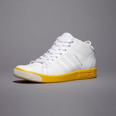 huge selection of f0921 bb7ef adidas Forest Hills Mid Forest Hill, Sports Luxe, David Beckham, Trainers,  Kicks