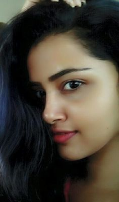 Anupama Parameswaran the Coolest actress myne Beautiful Girl Photo, Beautiful Girl Indian, Most Beautiful Indian Actress, Beautiful Bollywood Actress, Beautiful Actresses, Beauty Full Girl, Beauty Women, Beauty Girls, Indian Girl Bikini