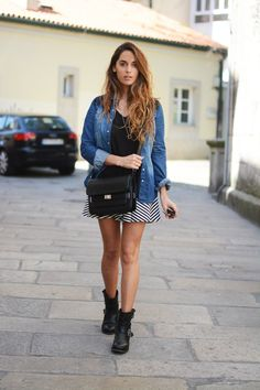 Stella Wants To Die Is Wearing Skirt And Bag From Stradivarius, Boots From Sendra And Shirt From Bershka