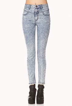 High wasted denim washed jeans