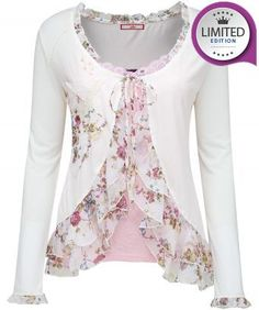 The good times are here with the new Joe Browns Summer collection. Filled with women's tops, tunics & shirts. Shop online with free UK returns Diy Fashion, Fashion Outfits, Womens Fashion, Fashion Design, Office Fashion, Winter Fashion, Sewing Clothes, Diy Clothes, Sewing Shirts