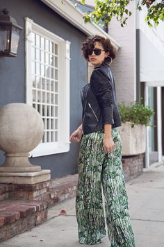 Theyskens' Theory navy leather jacket, Tribune Standard trousers, Bottega Veneta shoes, and Persol sunglasses Karla Deras, Navy Leather Jacket, Floral Palazzo Pants, Dress With Boots, Fancy Pants, Playing Dress Up, Star Fashion, Her Style, Passion For Fashion