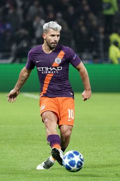 Sergio Aguero of Manchester City in action during the Group F match of the UEFA Champions League between Olympique Lyonnais and Manchester City at Groupama Stadium on November 2018 in Lyon,. Get premium, high resolution news photos at Getty Images Messi Soccer, Soccer Guys, Soccer Stars, Football Players, Manchester City Wallpaper, Fifa, Sergio Aguero, Kun Aguero, Messi And Ronaldo