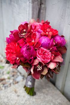 bouquet that would be pretty with black dresses! @ashley wheeler
