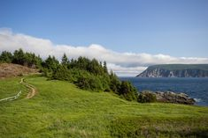 With dramatic coastlines, waterfalls, vibrant bays and beaches, it's easy to see why Canada's Cabot Trail is considered one of the world's best road trips. Cabot Trail, Lorde, Brisbane, Nova Scotia Travel, Couples Things To Do, Atlantic Canada, Cape Breton, Canada Travel, Vacation Spots