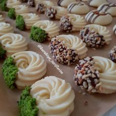 The Most Practical and Easy Recipes – Most Practical Recipes. Delicious and Yummy Recipes Salty Biscuit Recipe, Crack Cookies Recipe, Cracked Cookies, Baking Recipes, Cookie Recipes, Biscuit Decoration, Cookie Salad, Mini Tortillas, Biscotti Cookies