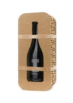 Crusoe Treasure Wine on Packaging of the World - Creative Package Design Gallery