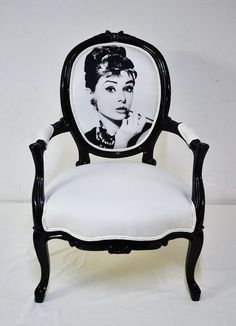 Perfect Dressing Room Chair
