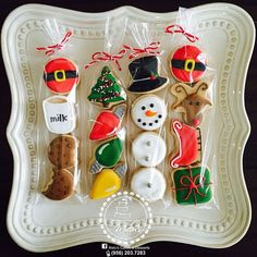 Super Ideas For Holiday Christmas Desserts Sugar Cookies Christmas Cookie Exchange, Christmas Sugar Cookies, Christmas Sweets, Christmas Goodies, Holiday Cookies, Christmas Baking, Decorated Christmas Cookies, Decorated Cookies, Mini Cookies