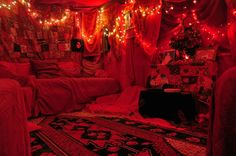 so very beautiful ❤ Goth Bedroom, Neon Bedroom, My New Room, My Room, Colorful Bedding, Red Led Lights, Red Rooms, Gothic Home Decor, Gothic House
