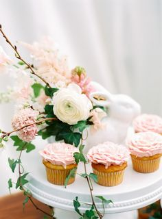 Easter Wedding Inspiration and Ideas | Holly Heider Chapple Flowers | Jodi Miller Photography
