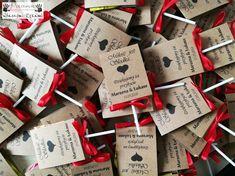 """Marzena & Łukasz Lizak w spersonalizowanym opakowaniu z lizakiem """"Serduszko"""" w środku. Całość przewiązana kokardką. #ślub #podziękowaniadlagości #weddinggifts Gift Wrapping, Wedding Ideas, Handmade, Gifts, Gift Wrapping Paper, Hand Made, Presents, Wrapping Gifts, Favors"""