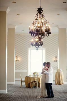 great-gatsby-wedding-inspiration-from-robert-kathleen-photographers