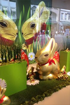 Easter and Spring impressions at a shopping window - Munich/ München, Germany/Deutschland