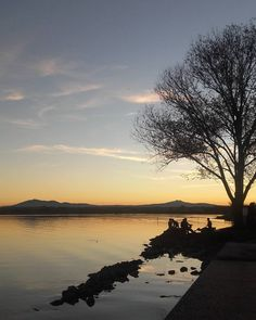 #nofilter #november #lake #autumn #instadaily #igdaily #ig_umbria #trasimenolake…