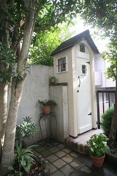 ガーデン工房 KIKIのブログ Love Garden, Home And Garden, Garden Tool Shed, Garden Sheds, Outdoor Bathrooms, Backyard, Patio, Outdoor Living, Outdoor Decor