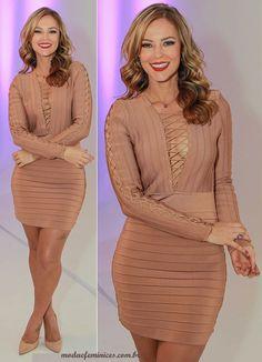 ecebbec5d Paolla Oliveira é destaque com vestido Balmain em evento da Eudora - Moda &  Feminices