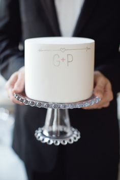 wedding cake with the couple's initials // photo by Vitalic Photo // cake by MariaVCreative