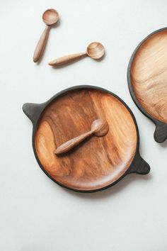 Wooden Serving Platters, Wooden Plates, Serving Plates, Serving Board, Wooden Spoons, Wood Turning Lathe, Wood Turning Projects, Wood Lathe, Sushi Plate