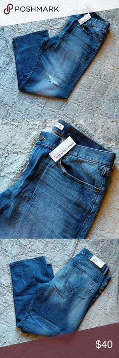 "Banana Rebublic Boyfriend Jeans Light wash Denim distressed style 98% cotton, 2% elastine 32"" waist Banana Republic Jeans"