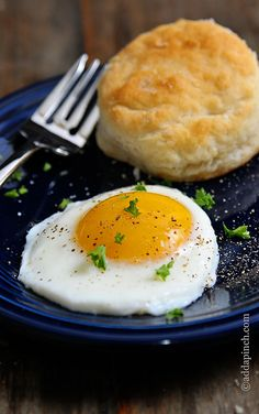 Learning how to make sunny side eggs is one of those essential cooking tips that once you learn it, you are golden!