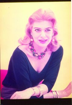Η Μελίνα που λάτρευε τις κάμερες Melina Mercouri Die A, Greek Culture, Women Figure, Old Hollywood Glamour, Great Women, My Photos, Actresses, Chic, Celebrities