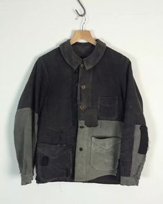 Men's Jackets For Every Occasion. Photo by Menswear Market Jackets are a must-have in the cold weather but it can also be used to accessorize an outfit. Vintage Outfits, Vintage Fashion, Ropa Upcycling, Work Jackets, Denim Jacket Men, New Shape, Custom Clothes, Work Wear, Textiles