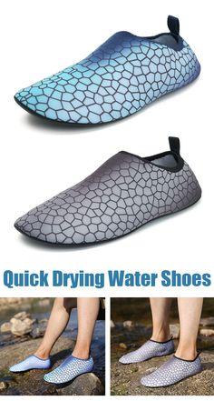 Men Quick Drying Light Water Shoes Diving Water Shoes d221dca8d8dcc