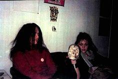 Euronymous from Mayhem and his girlfriend. Chaos Lord, Rain Fashion, Kirk Hammett, Extreme Metal, Some People Say, Ragnar, Friend Photos, Purple Rain, Metalhead