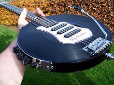 Invenção de Tom Bingham utiliza cinco discos de vinil