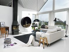 Fresh, simple, with a wonderful open view of the outdoors - Scandinavian Modern House