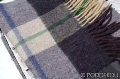 ŠÁL Z JAHŇACEJ VLNY – SIVO-ČIERNY | PODDEKOU Wool Scarf, Scarves, Colors, Scarfs