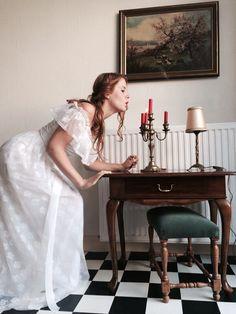 Vintage wedding dress European size 34-36 trouwenvantoen@hotmail.com