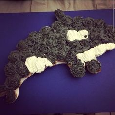 The orca cupcake cake I made.