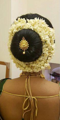 Bridal Hair Buns, Bun Hairstyles, Captain Hat, Braids, Hair Styles, Places, Fashion, Moda, Cornrows