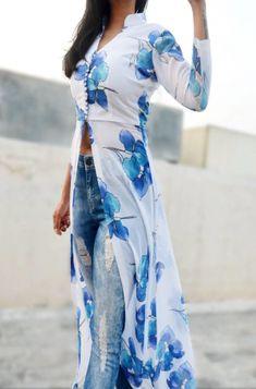 Buy Off White Printed Georgette Kurti by Colorauction - Online shopping for Kurtis in India Kurti Sleeves Design, Kurti Neck Designs, Dress Neck Designs, Kurti Designs Party Wear, Indian Designer Outfits, Indian Outfits, Designer Dresses, Designer Kurtis, Estilo Fashion