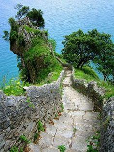 Ocean Stairs , Spain /Tumblr