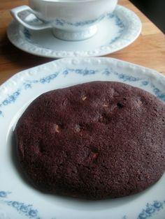 Herkkusuun lautasella-Ruokablogi: Tuplasuklaa chilicookies