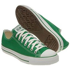 Converse Chuck Taylor All Star Low Top Sneaker Kelly Green Tenis Converse, Green Converse, Converse Low Tops, Converse Sneakers, Sneakers Fashion, Canvas Sneakers, Converse Chuck Taylor All Star, Converse All Star, The Beach