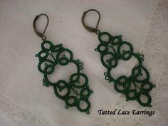 Emerald Green Tatted Lace Earrings by designedkeepsakes on Etsy, $18.00 Tatting Earrings, Tatting Jewelry, Lace Earrings, Tatting Lace, Tatting Patterns, Lace Patterns, Crochet Patterns, Crochet Cross, Crochet Round