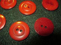 25 Stück Blusen/Hemdknöpfe,Signalrot,Durchmesser ca.18 mm,Neu,Lübecker Knopfmanufaktur von Knopfshop auf Etsy