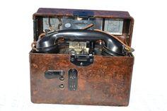 FF33 Field telephone.