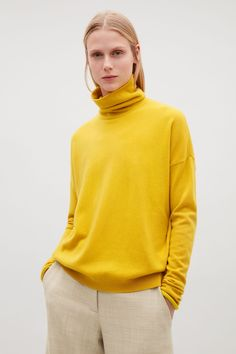 COS | Roll-neck cashmere jumper