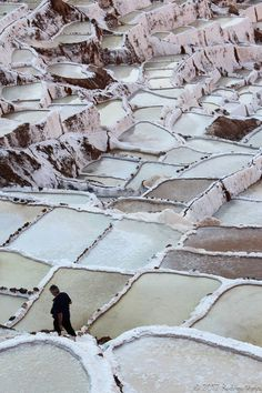 Salt beds in Peru // Picture by Rodrigo Vieira Soares