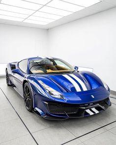 Ferrari Mondial, Ferrari 488, Holden Muscle Cars, Bugatti, Lamborghini, F12 Berlinetta, Pretty Cars, Rolls Royce, Aston Martin