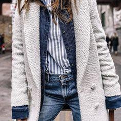 """Kat kat giyinme """"sanatı""""  Kombin için link instagram bio'muzda : @collagevintage #layering"""