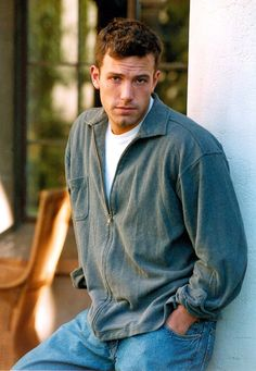 Pin for Later: 38 Times You Had the Hots For Ben Affleck When He Gave You Those Puppy Dog Eyes in 1998