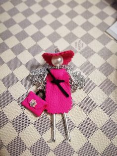 06f546c19c87 91 najlepších obrázkov z nástenky Doll Necklace v roku 2019 ...