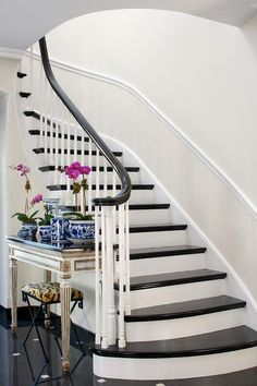 French staircase table