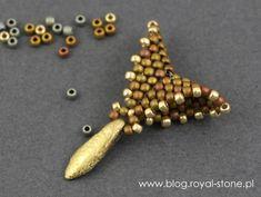 Dracconis – smocze kolczyki – tutorial   Royal-Stone blog Handmade Beaded Jewelry, Beaded Jewelry Patterns, Beading Patterns, Bead Jewellery, Bead Earrings, Bead Crafts, Jewelry Crafts, Peyote Stitch Patterns, Make Jewelry